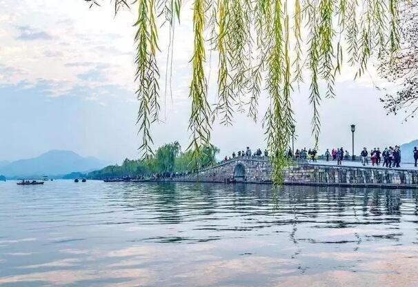 杭州西湖有哪些景点 一日游最佳攻略推荐