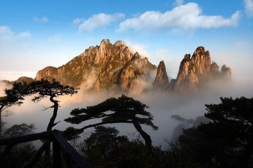 庐山几月份去最好 有缆车可以上山顶吗?